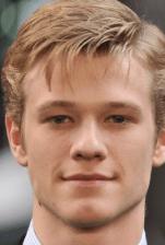 Lucas Till MacGyver