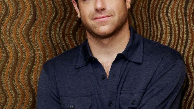 Paul Adelstein Cast In Hugh Laurie Hulu Drama Series Chance Deadline