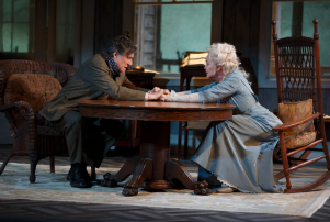 Gabriel Byrne & Jessica Lange in Long Day's Journey Into Night