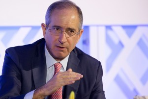 "Comcast chairman and CEO Brian Roberts speaks at the conference ""Ignition: Future of Digital,"" Tuesday, Dec. 8, 2015, in New York. (AP Photo/Mark Lennihan)"