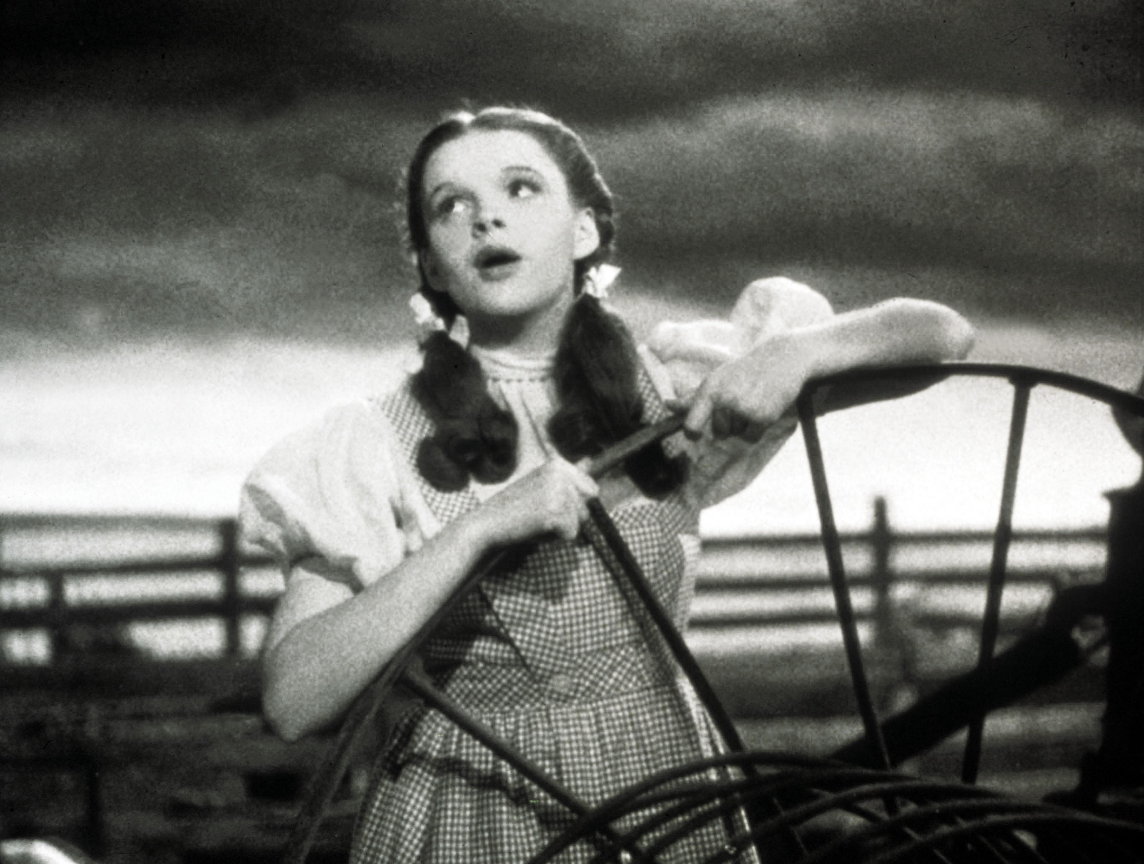 Judy Garland Broadway Hopeful Bio Musical Gets Rare Liza Minnelli Ok Deadline