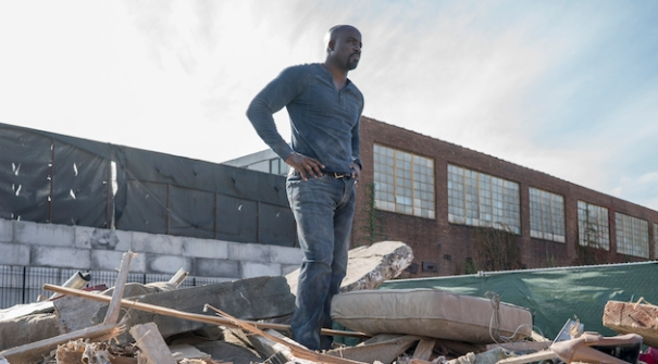 luke-cage-mike-colter-rubble-pile
