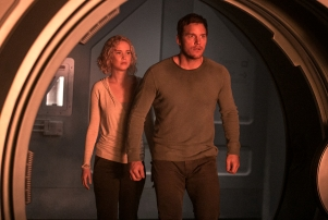 Chris Pratt; Jennifer Lawrence - Passengers.jpeg