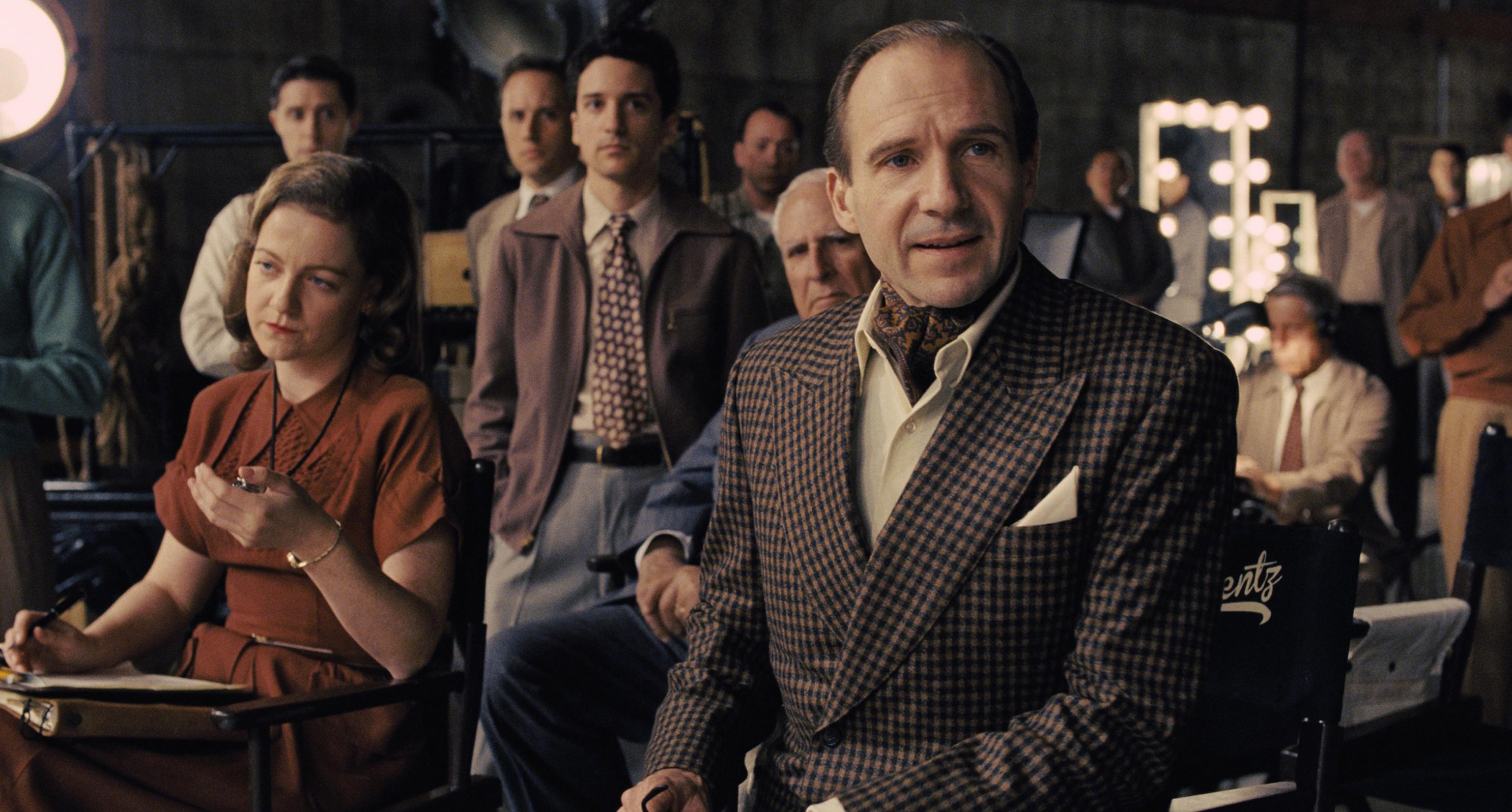 Ralph Fiennes - Hail, Caesar!.jpeg