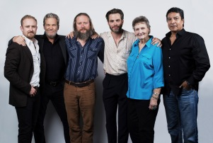 Mandatory Credit: Photo by Buckner/Deadline/REX/Shutterstock (7059512dx) Ben Foster, Jeff Bridges, David Mackenzie, Chris Pine, Margaret Bowman and Gil Birmingham Portrait Studio at Contenders presented by Deadline, Los Angeles, USA - 05 Nov 2016