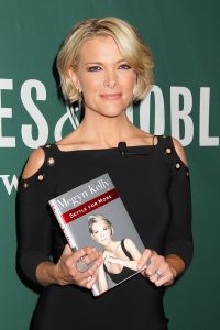 Megyn Kelly 'Settle for More' book signing, New York, USA - 16 Nov 2016