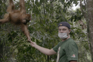 DiCaprio in Indonesia for National Geographic's 'Before The Flood' docu.