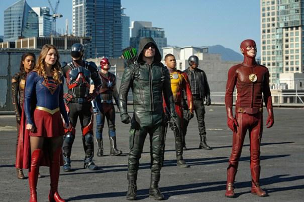 cw invasion arrow supergirl flash