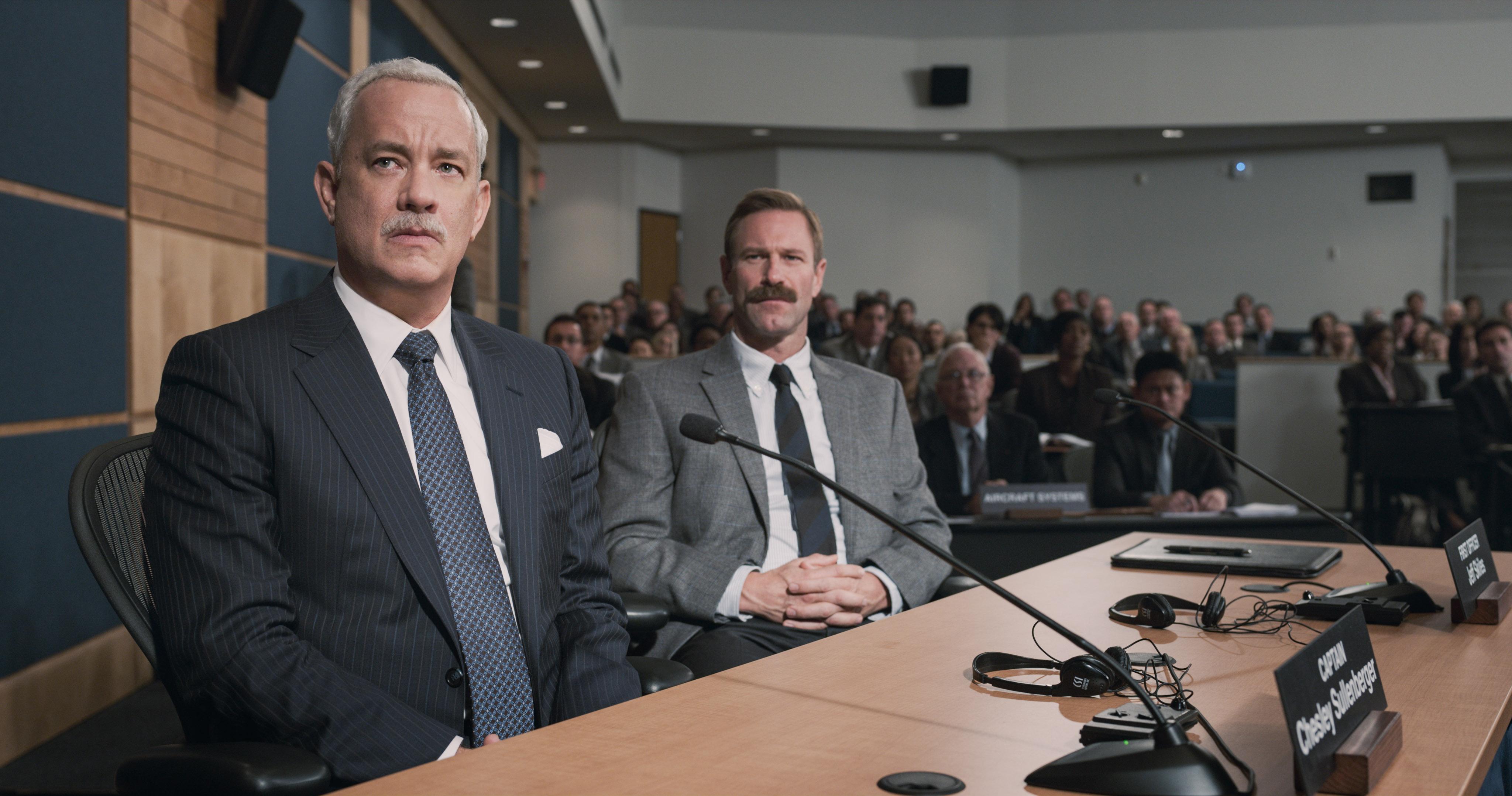 Tom Hanks, Aaron Eckhart - Sully.jpeg
