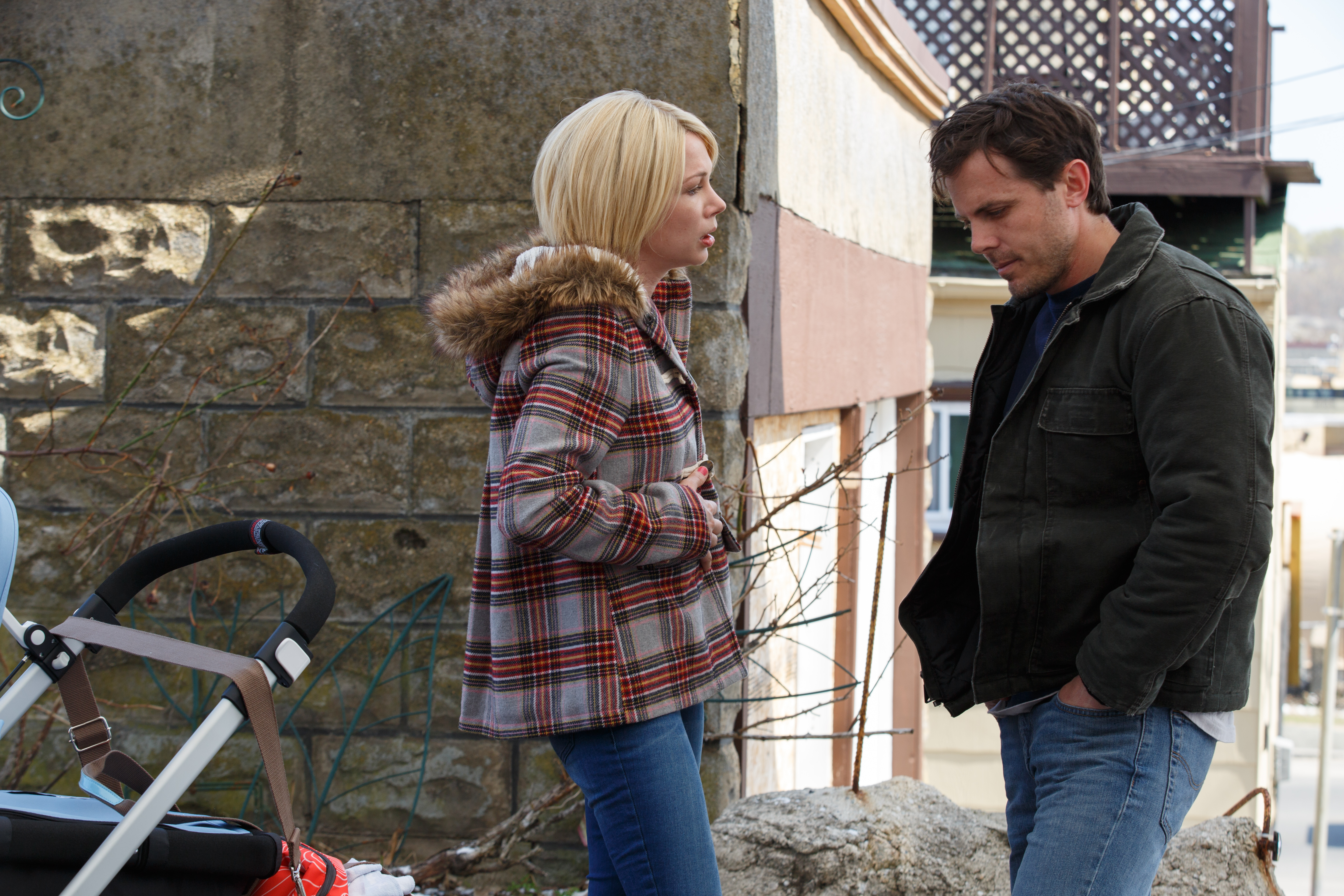 Michelle Williams, Casey Affleck - Manchester by the Sea.jpeg