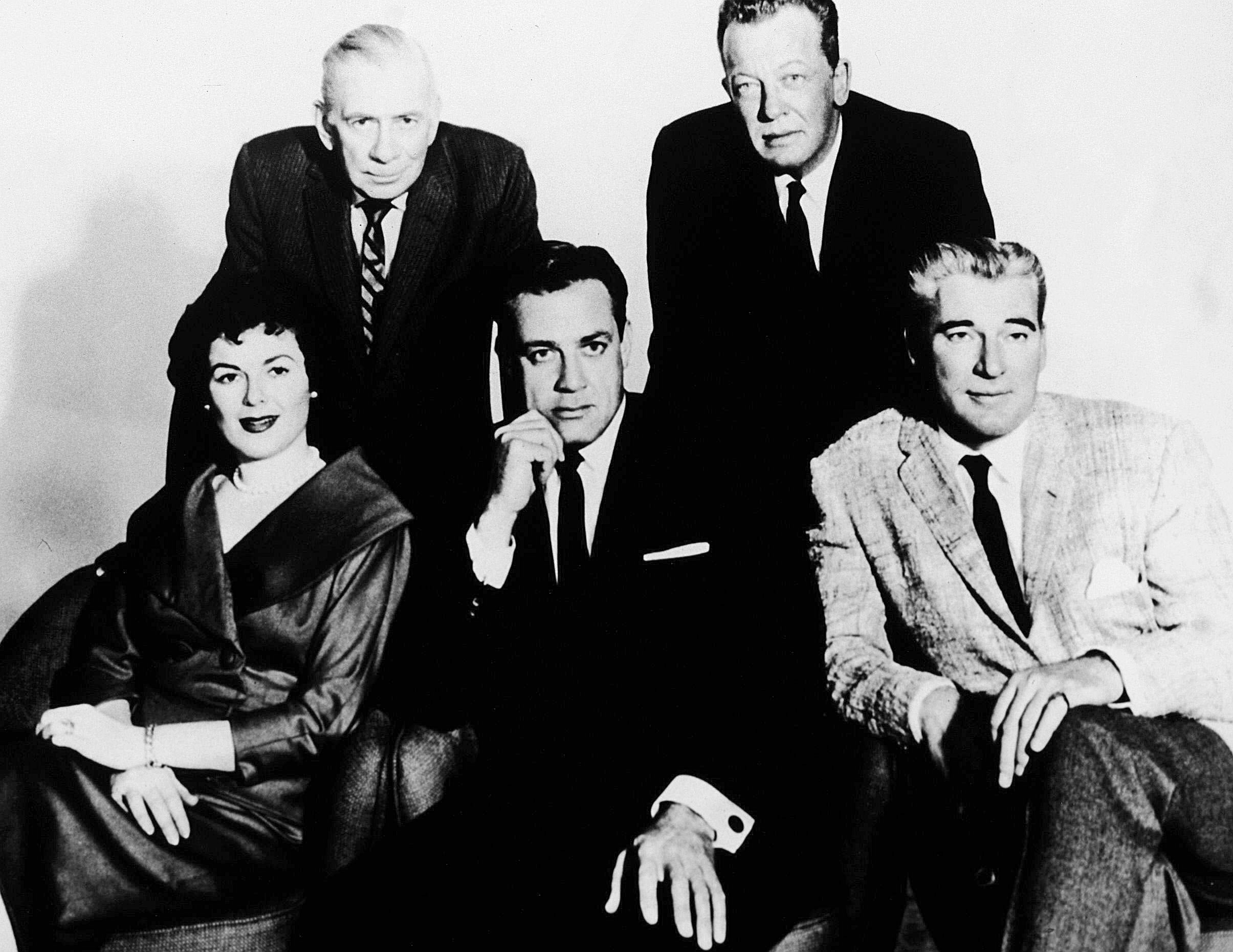 No Merchandising. Editorial Use Only. No Book Cover Usage. Mandatory Credit: Photo by CBS-TV/REX/Shutterstock (5883221c) Barbara Hale, Raymond Burr, William Talman Perry Mason - 1957-1966 CBS-TV USA