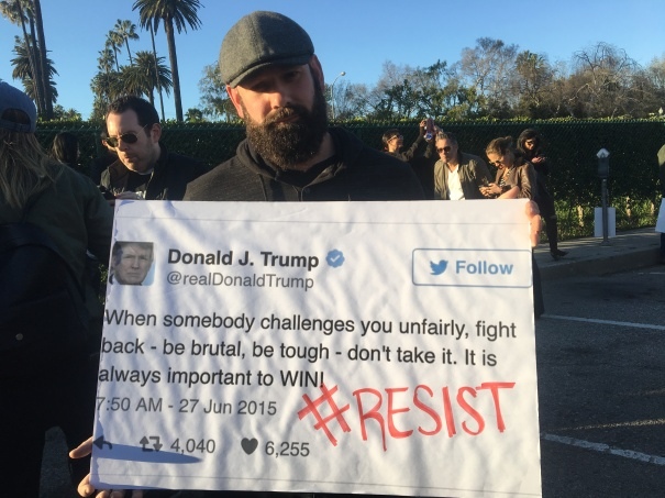 uta-rally-trump-tweet-sign