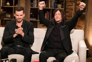 talking-dead-episode-708-austin-nichols-norman-reedus-800x600