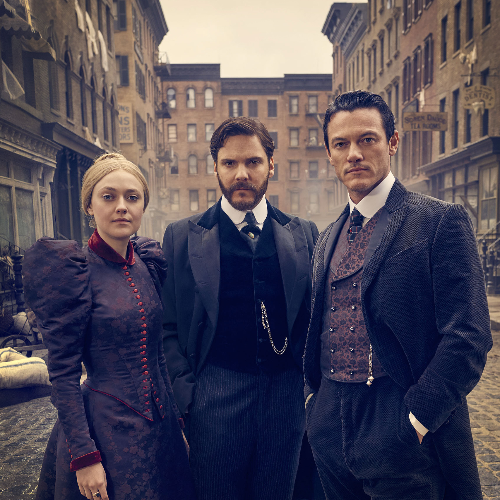 The 24 Year Journey Of The Alienist From Bestseller To Tnt Drama Deadline