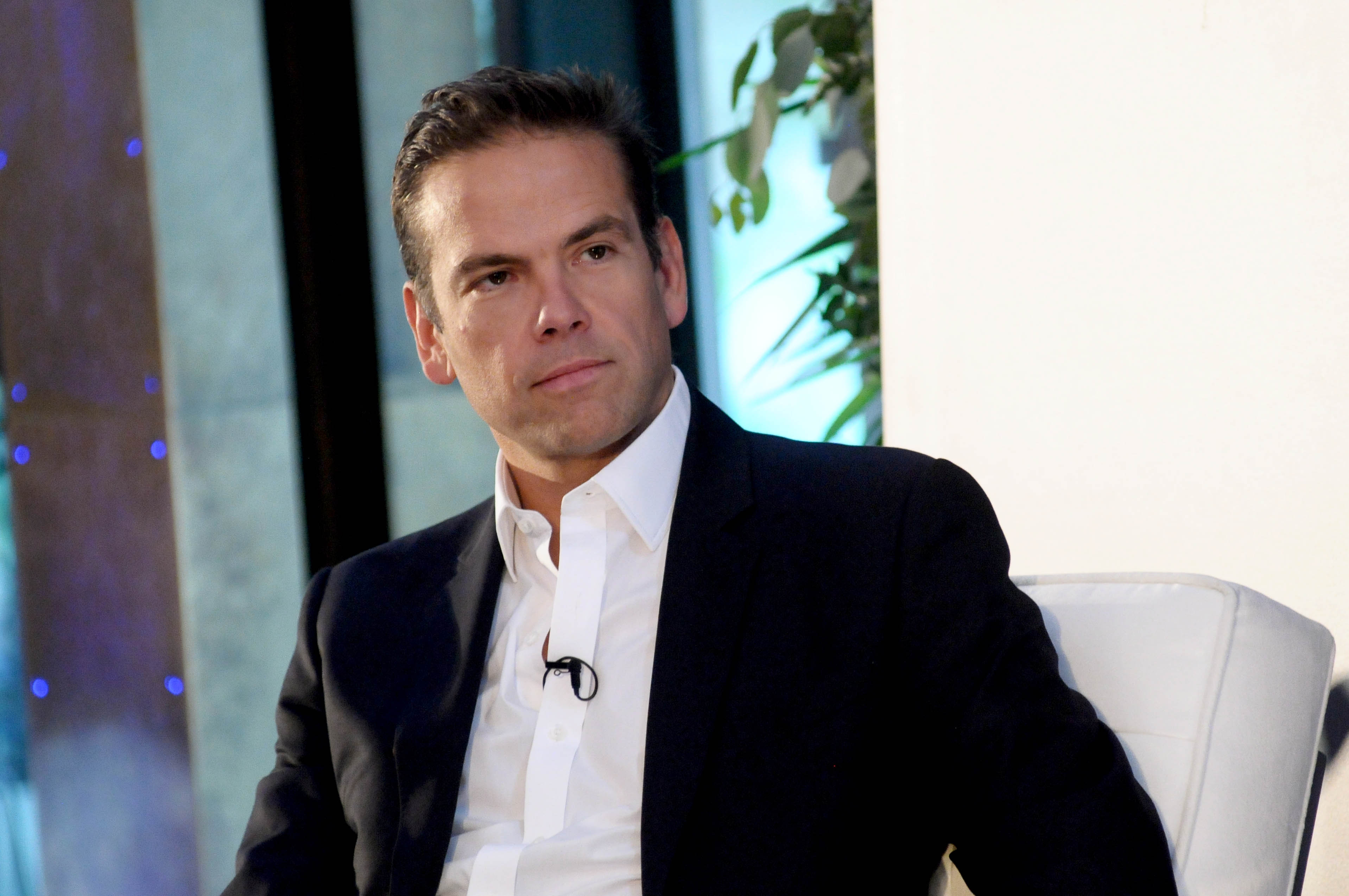 Lachlan Murdoch Charts Future For Fox With All Employees As Shareholders – Deadline