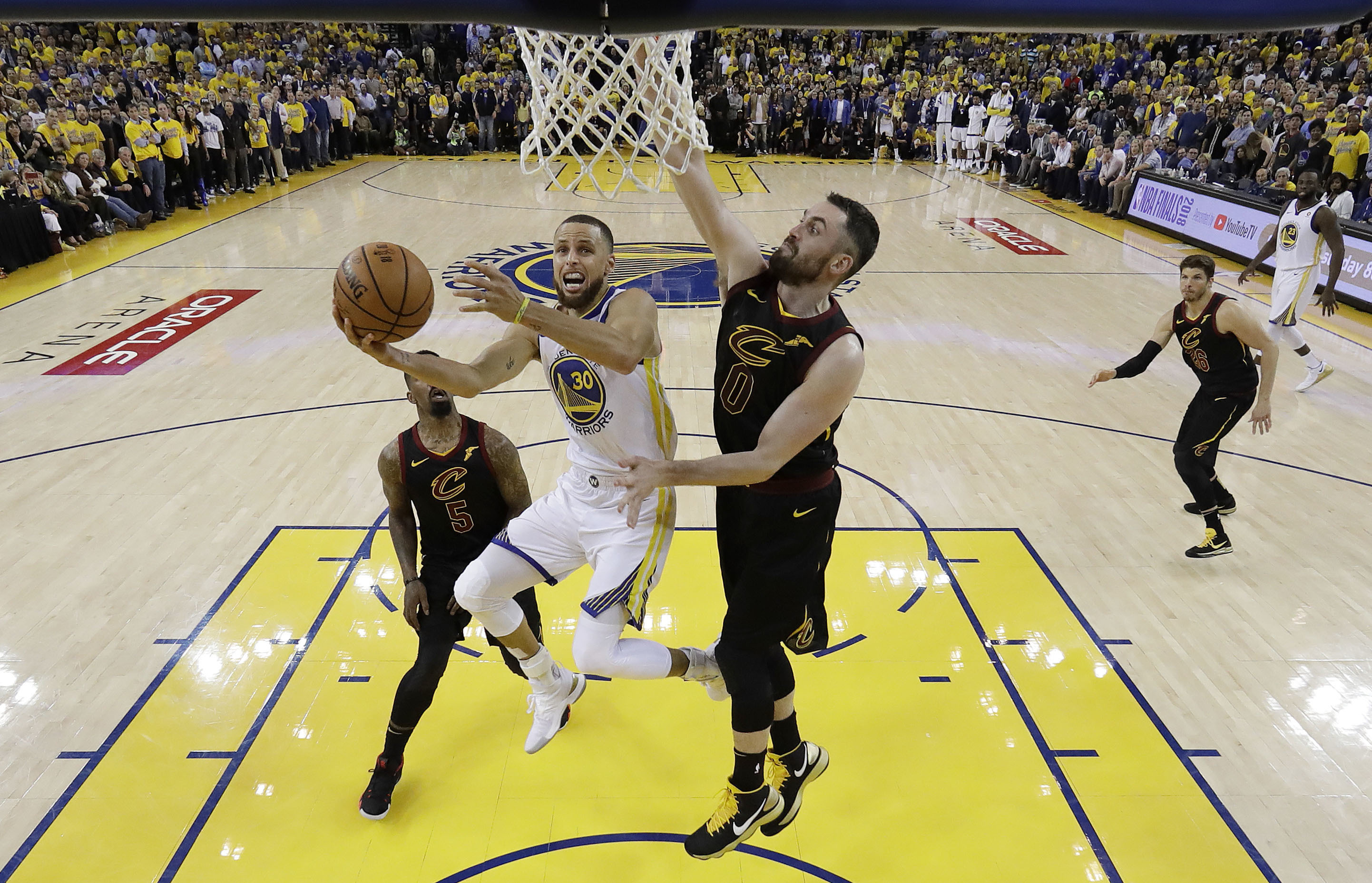 Ratings Warriors Win In Nba Finals Game 1 Steady With 2017 Deadline