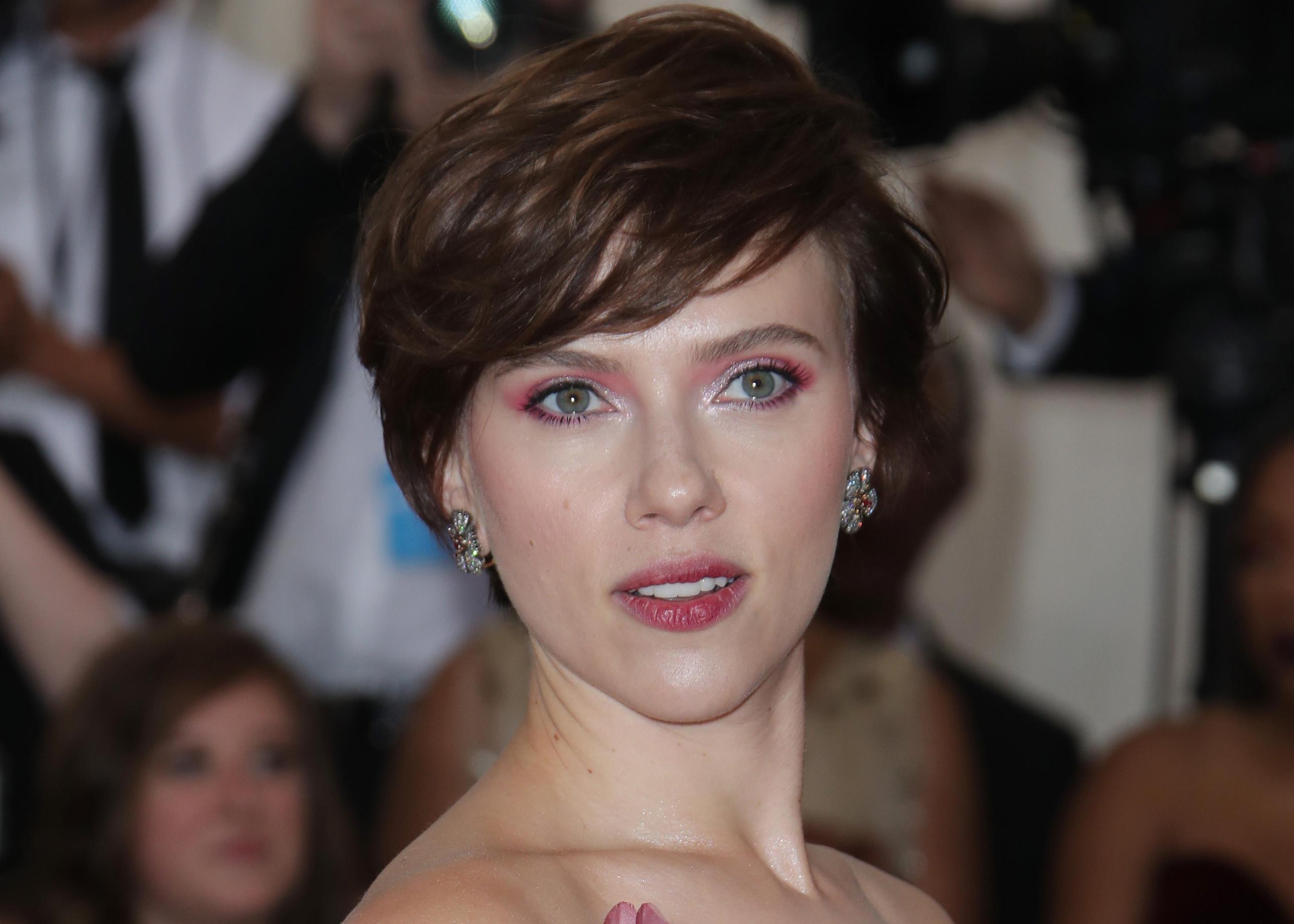 Scarlett Johansson Responds To Backlash For Being Cast As Trans Man Deadline