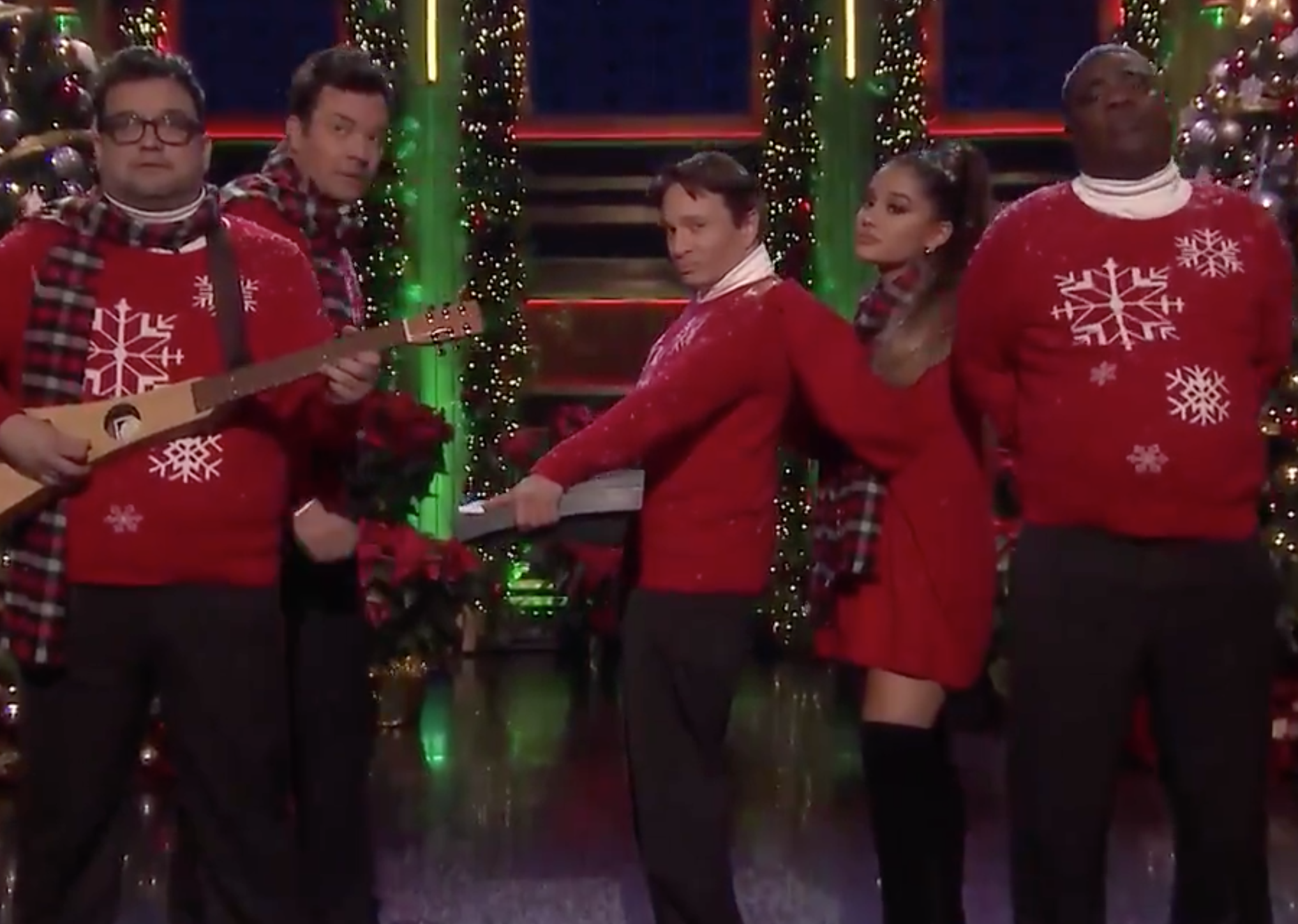 I Wish It Was Christmas Today 2020 Fallon Jimmy Fallon Reunites With 'SNL' Cast And Ariana Grande For