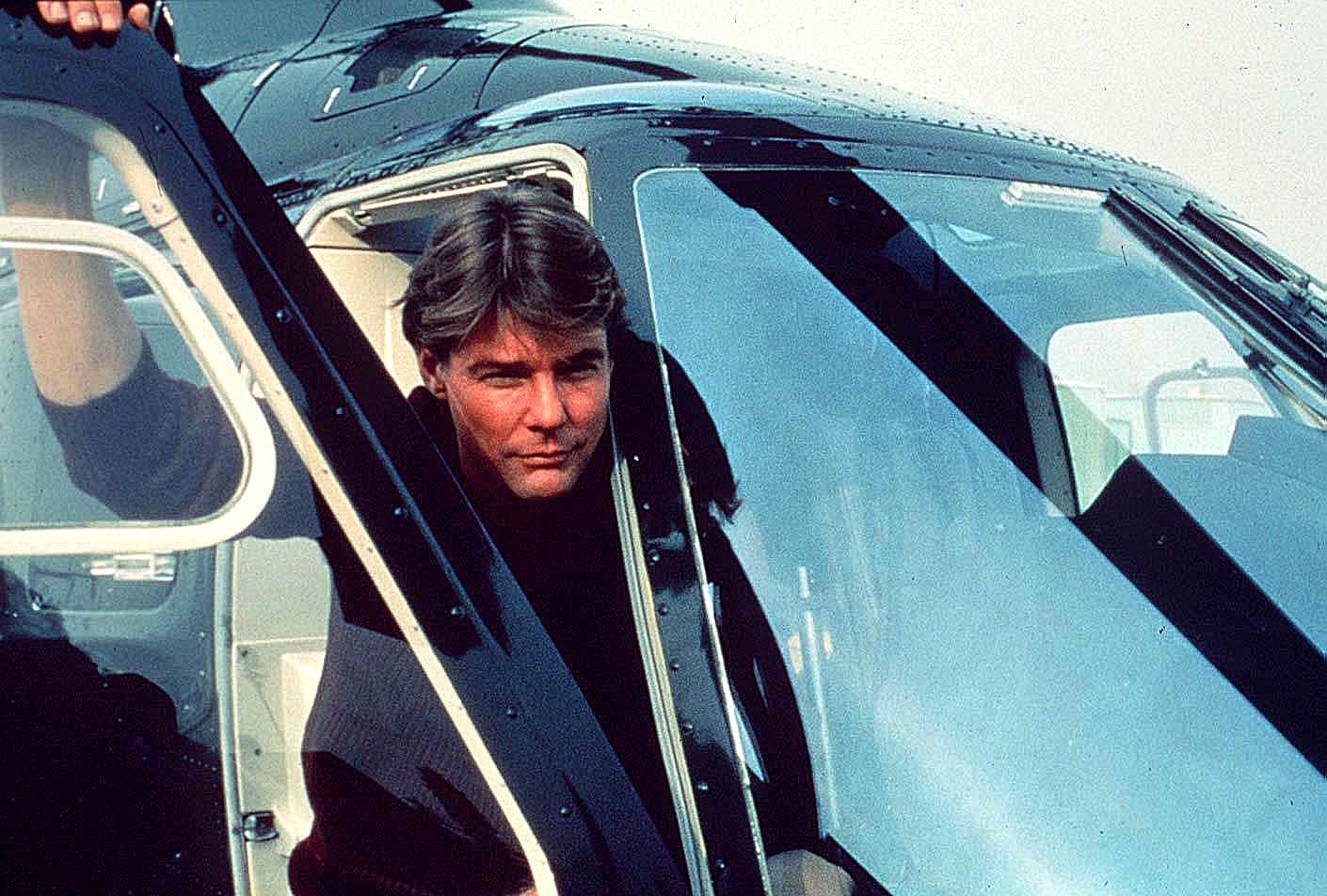 Photo of Jan Michael Vincent  - car