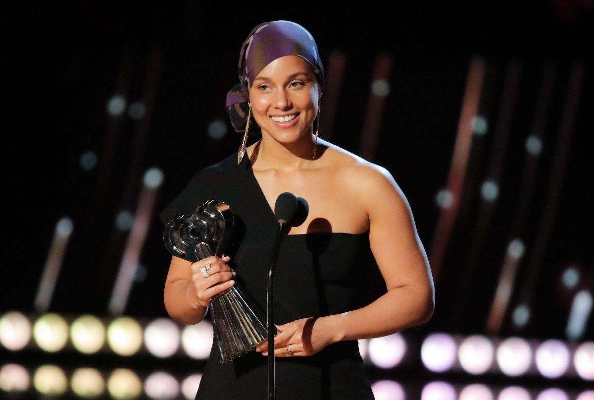 Alicia Keys Dance Movie Work It Bad Moms Moms In The Works At Stx Cinemacon Deadline