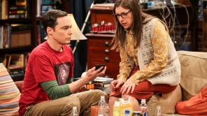 """The Change Constant"" - Pictured: Sheldon Cooper (Jim Parsons) and Amy Farrah Fowler (Mayim Bialik). Sheldon and Amy await big news, on the series finale of THE BIG BANG THEORY, Thursday, May 16 (8:00-8:30PM, ET/PT) on the CBS Television Network. Photo: Michael Yarish/Warner Bros. Entertainment Inc. © 2019 WBEI. All rights reserved."