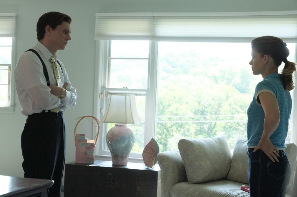 Evan Peters and Kate Mara in 'Pose'