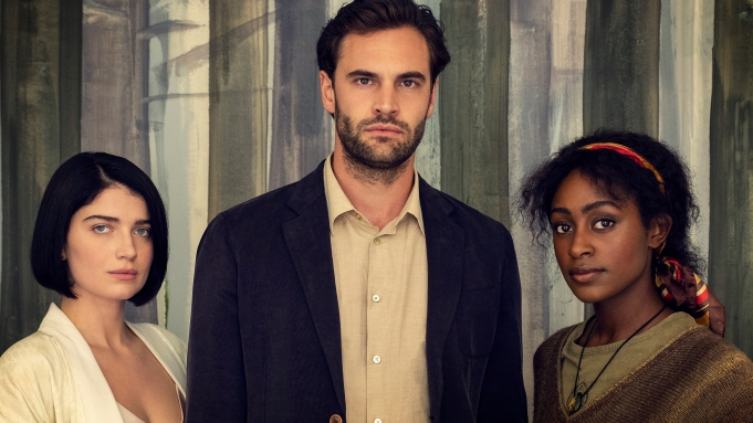 Behind Her Eyes': Simona Brown, Tom Bateman & Eve Hewson Star – Deadline