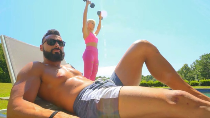 'Battle Of The Fittest Couples': Trailer
