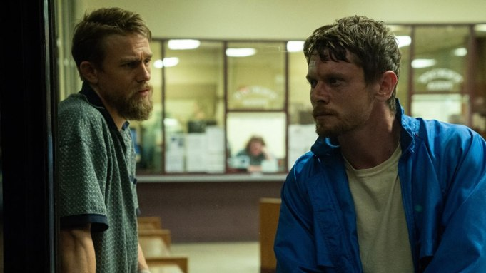 [WATCH] Charlie Hunnam, Jack O'Connell In