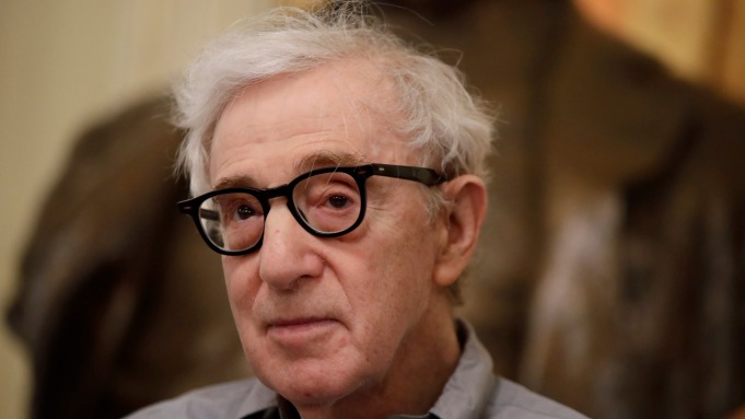 """Woody Allen Says He """"Couldn't Care"""
