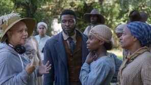 Director Kasi Lemmons with actors Zackary Momoh, Cynthia Erivo and Vanessa Bell Calloway on the set of 'Harriet'