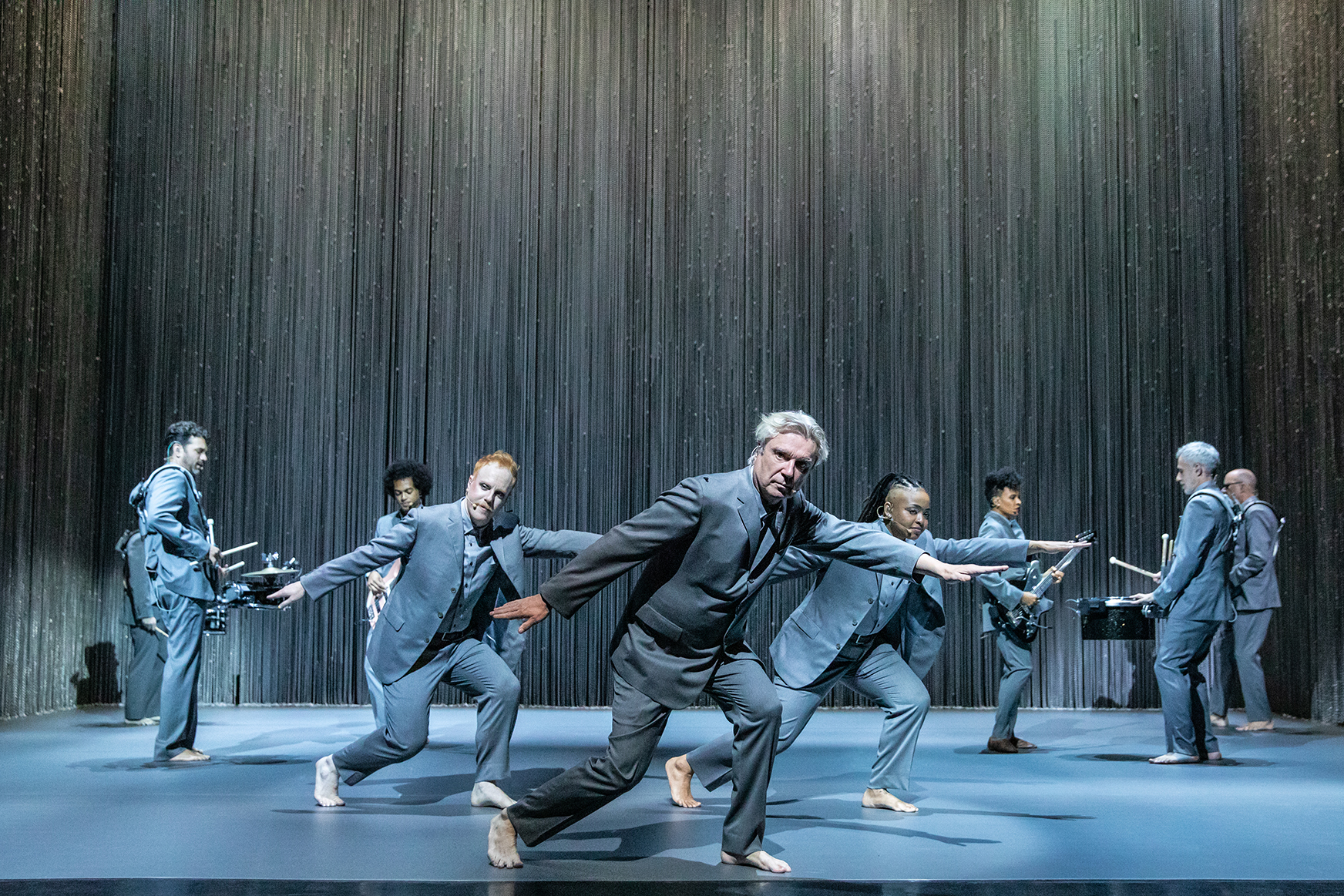 David Byrne's American Utopia' Announces Return To Broadway – Deadline