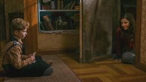 Roman Griffin Davis and Thomasin McKenzie in 'Jojo Rabbit'