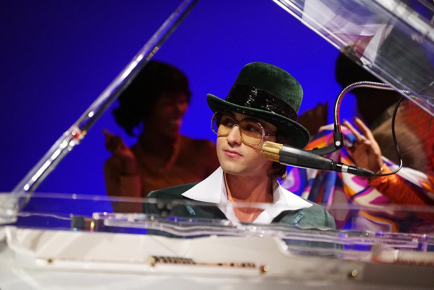 Hudson Thames as Elton John
