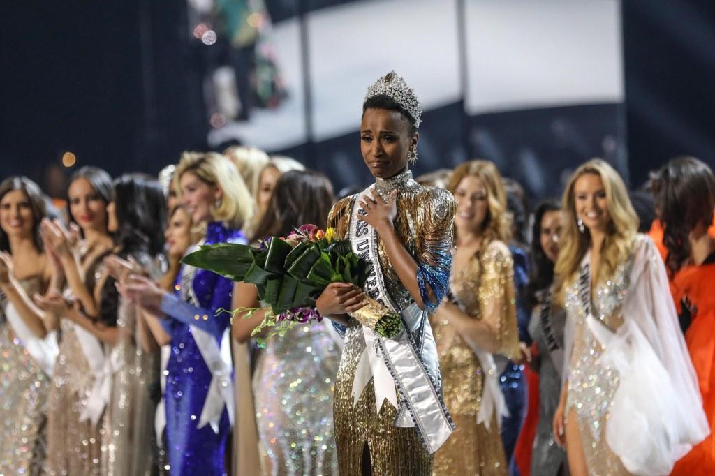 Mandatory Credit: Photo by BRANDEN CAMP/EPA-EFE/Shutterstock (10495024d) Miss South Africa Zozibini Tunzi (C) is crowned Miss Universe 2019, at Tyler Perry Studios in Atlanta, Georgia, USA, 08 December 2019. Miss Universe 2019 in Atlanta, USA - 08 Dec 2019