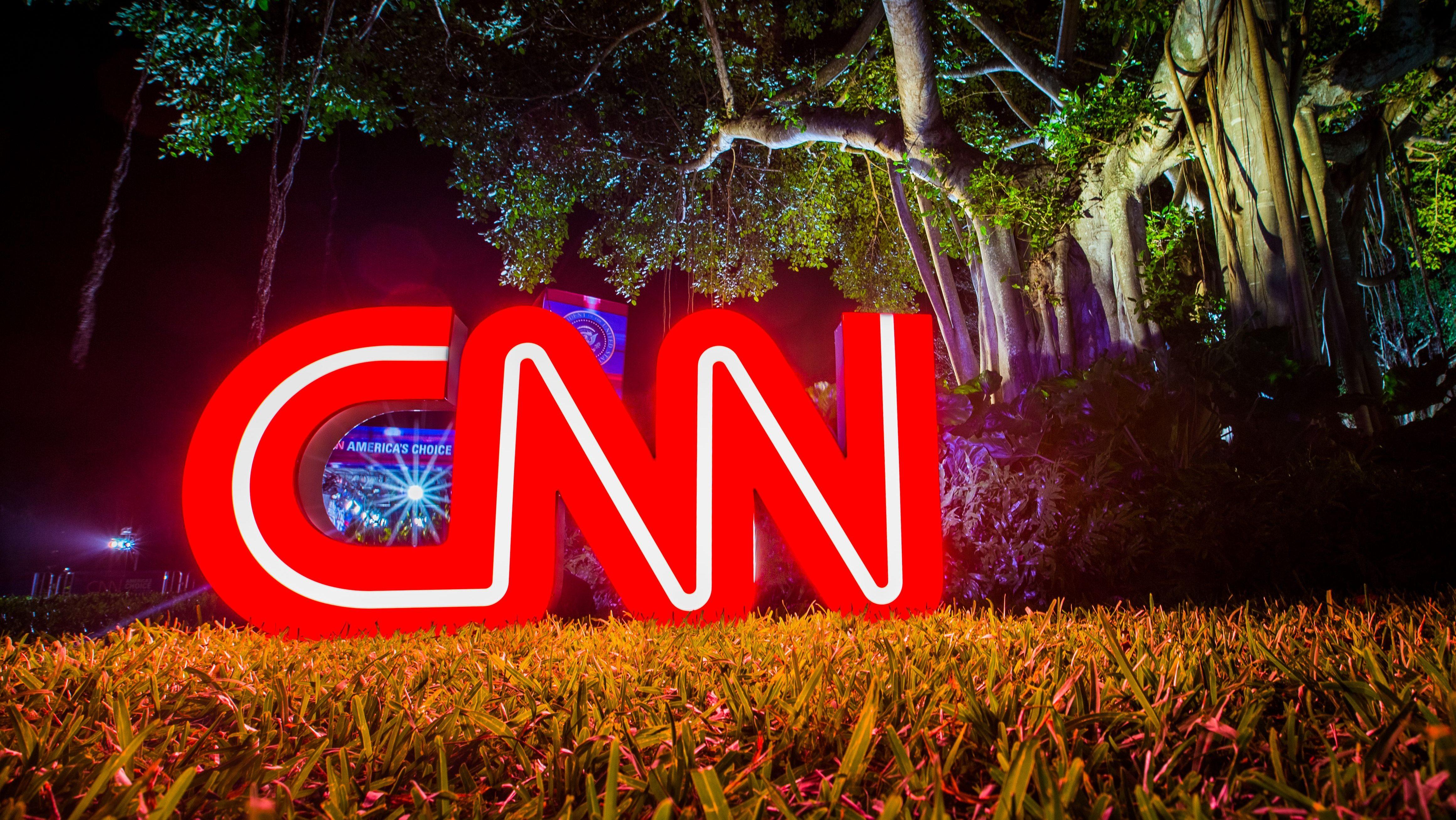 Democratic Debate Viewership Rises To 7 3 Million Deadline