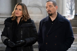 'Law & Order: SVU' Sets Broadcast Syndication Return As 'Dateline' Clears 75% Of U.S. Markets