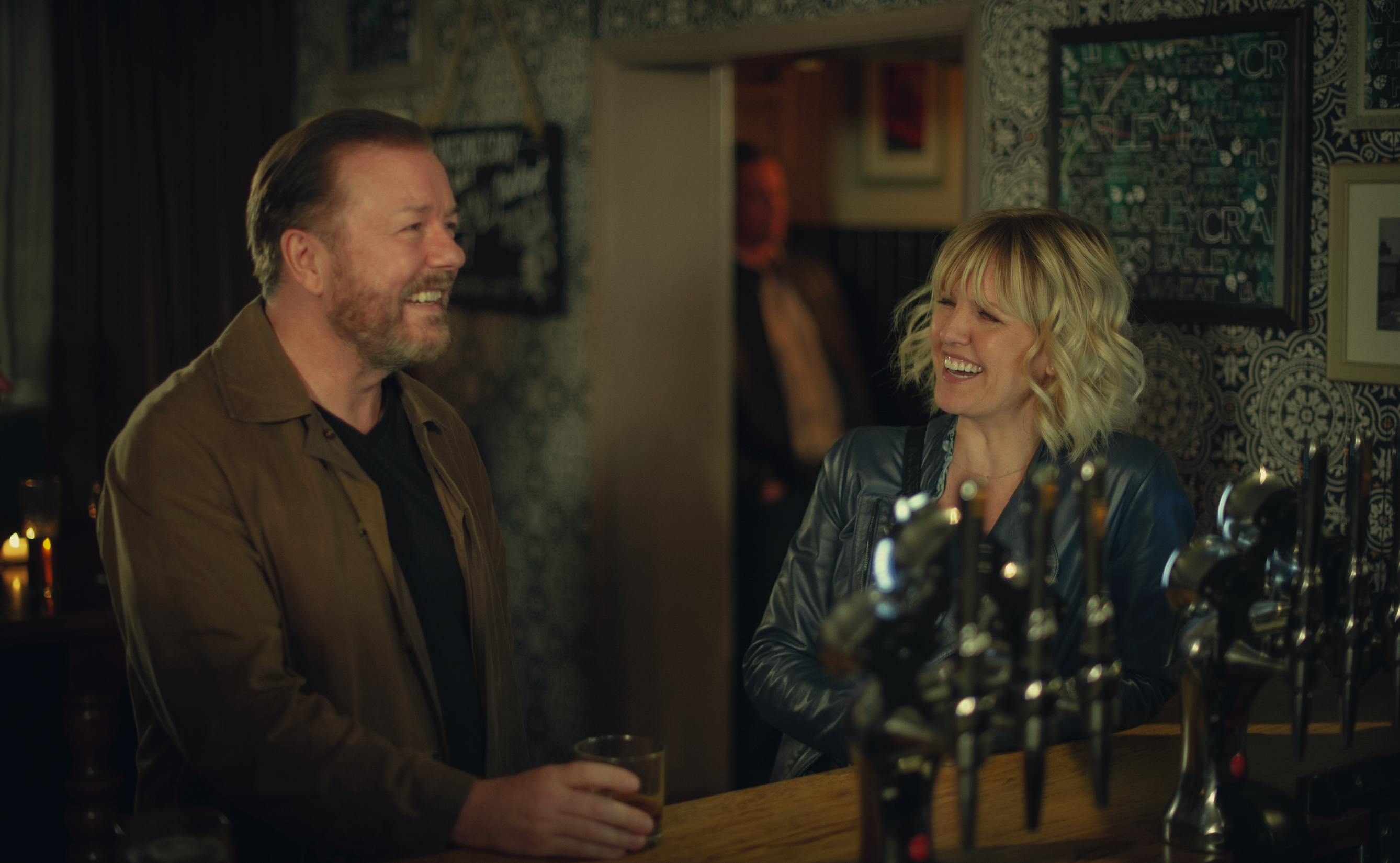 Ricky Gervais Strikes Overall Deal With Netflix As 'After Life ...