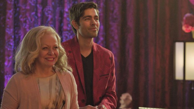 'Stage Mother': First Clip From Jacki