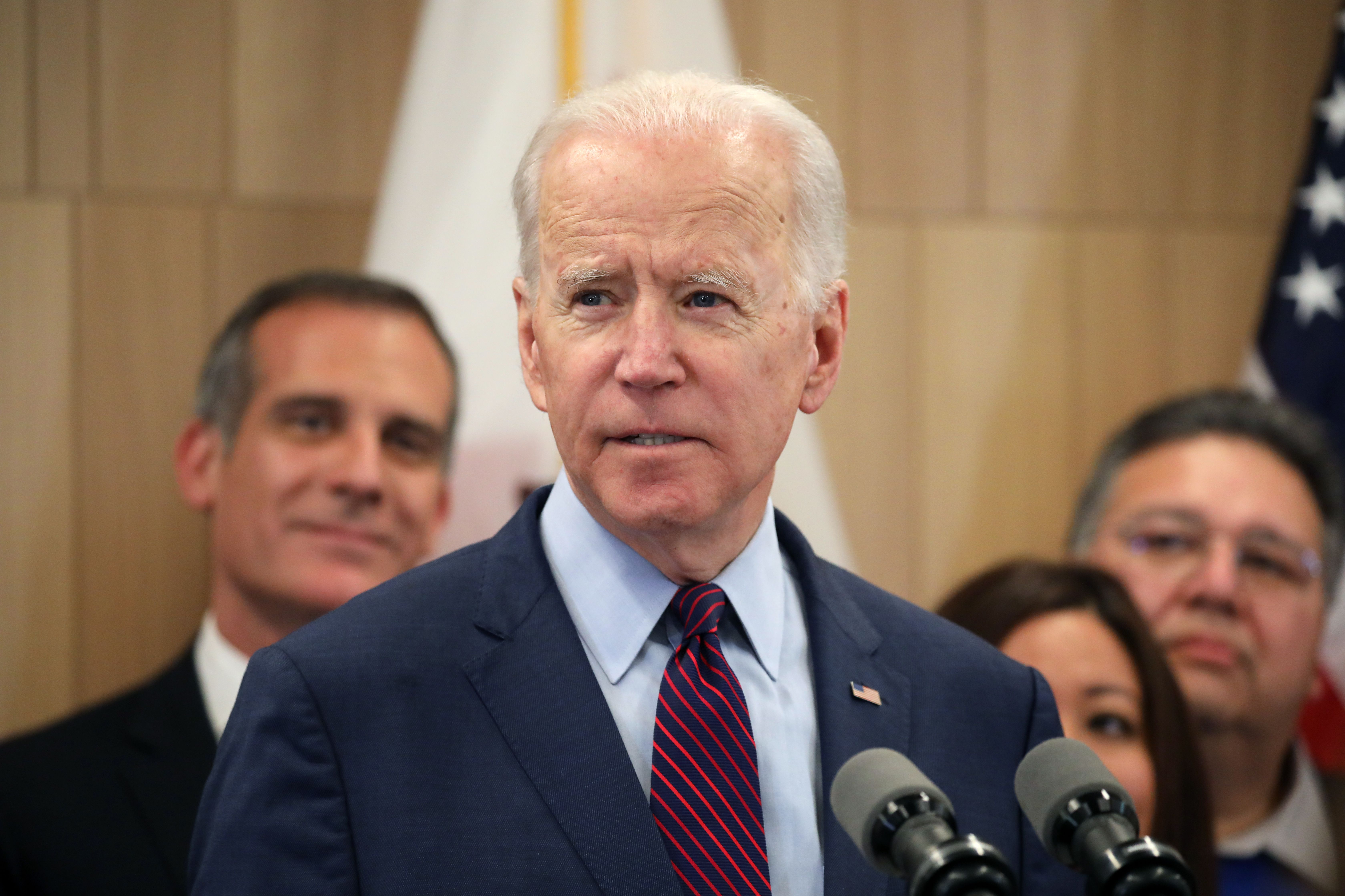 You Re Full Of Shit Joe Biden Has Viral Video Moment With Detroit Auto Worker Deadline