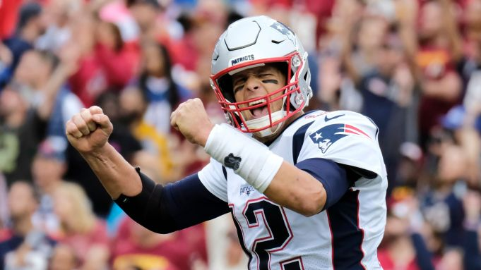 Tom Brady Signs With Tampa Bay Buccaneers For 30m A Year Deadline