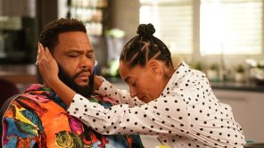 Anthony Anderson and Tracee Ellis Ross in 'Black-ish'