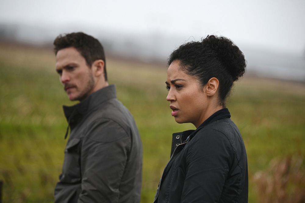 "Debris' Sets Premiere Date As Creator Of New NBC Sci-Fi Drama Draws  Parallels To ""Fringe – TCA – Deadline"