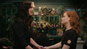 Jane Levy and Lauren Graham in 'Zoey's Extraordinary Playlist'