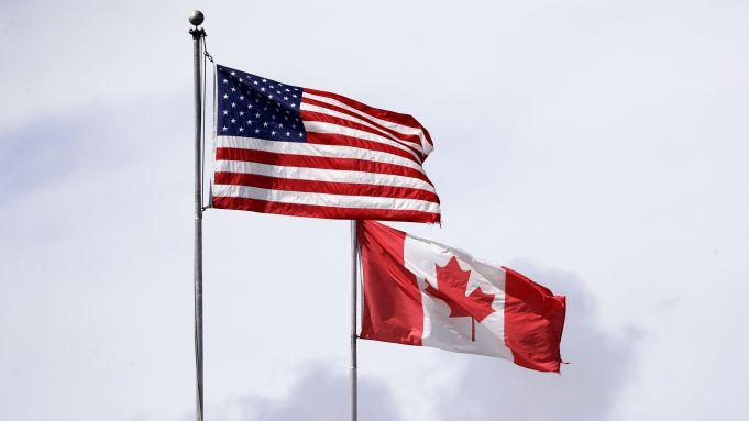 Alaskans Seek Answers As Canada Closes Border To Non Essential Travel Khns Radio Khns Fm