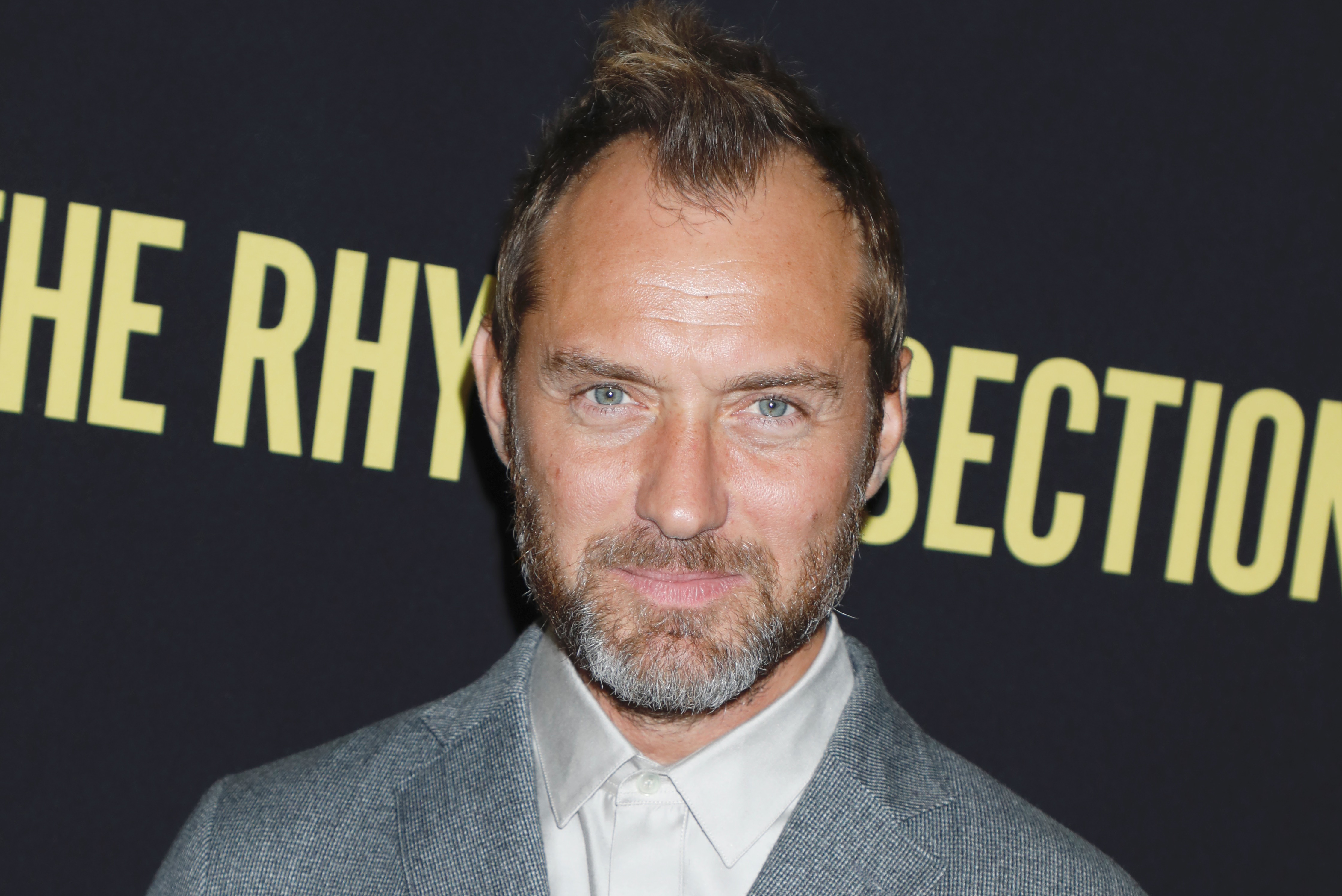 Jude Law In Talks To Play Captain Hook In Disney S Live Action Peter Pan Movie Deadline