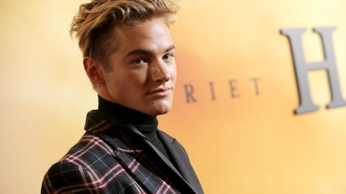 'Saved by the Bell's Mitchell Hoog To Star In 'After Masks'