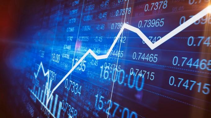Showbiz Stocks, Market Roar At Open On Vaccine Hopes; DJIA Up 1,1665 Point;  AMC Entertainment Surges 50%; Disney Up 13% – Deadline