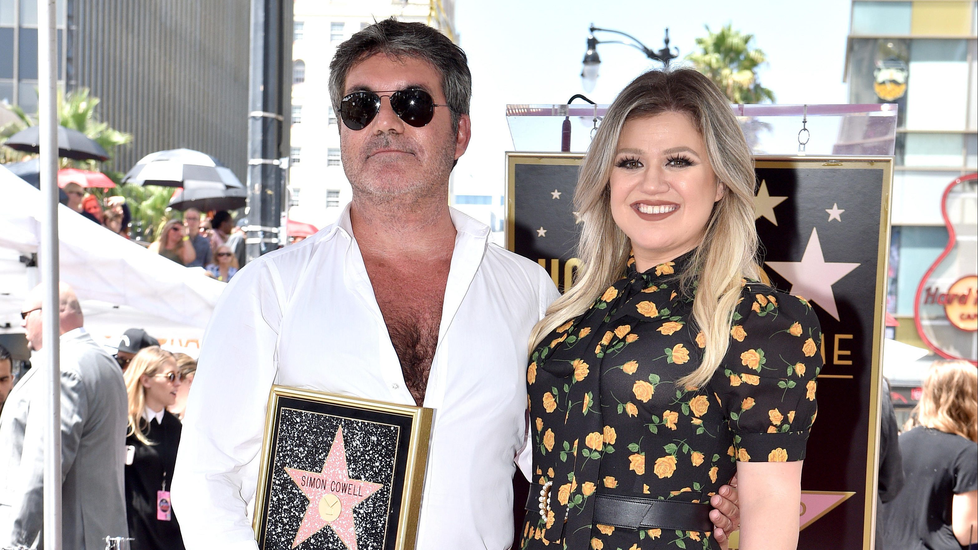 Kelly Clarkson To Step In For Recuperating Simon Cowell As Guest Judge On America S Got Talent Deadline