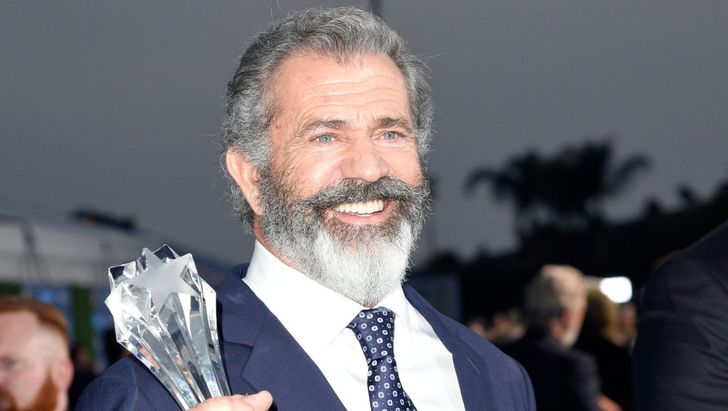 Mel Gibson Signs With APA